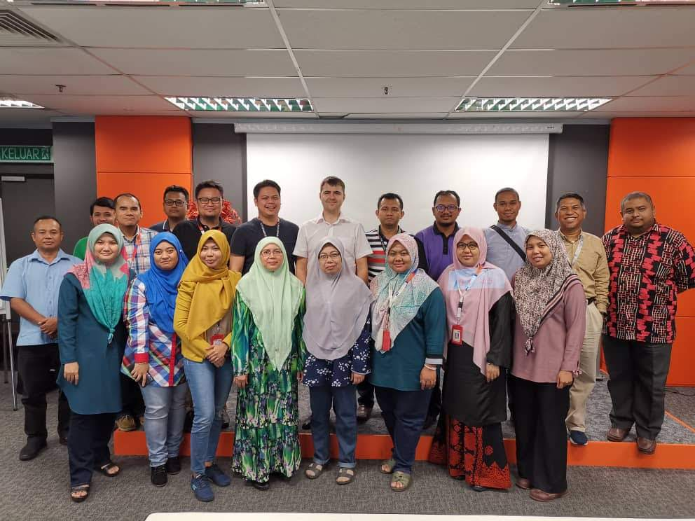 Telekom Malaysia data migration team